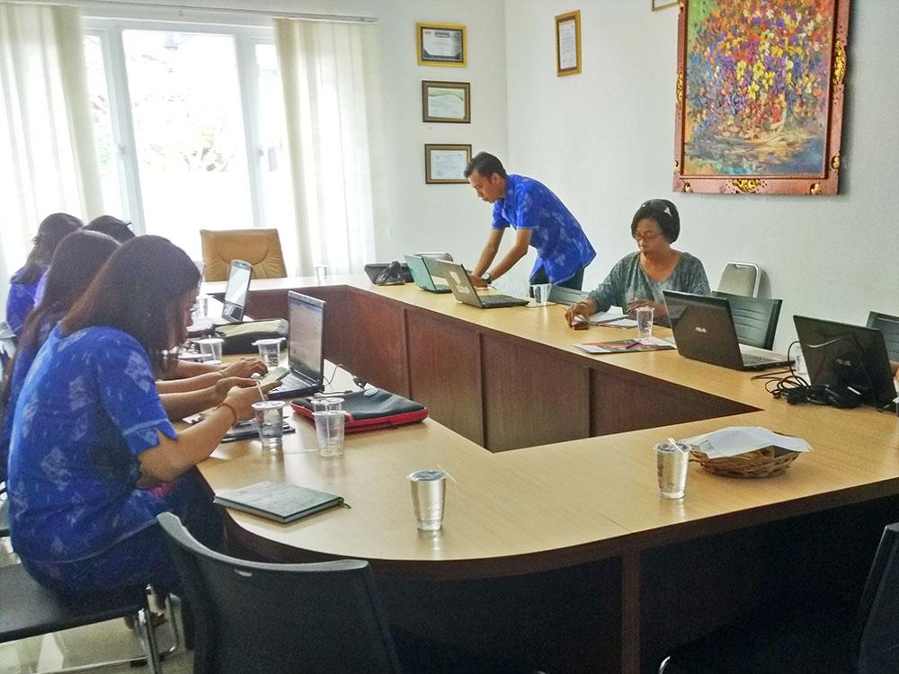 Pelatihan Aplikasi SIMAS di STIKES Bina Usada Bali